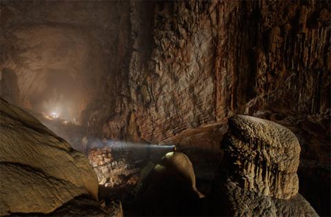 Trong hang Sơn Đoòng